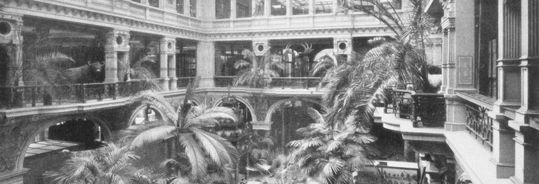 Historische Ansicht des 1. Lichthof um 1900